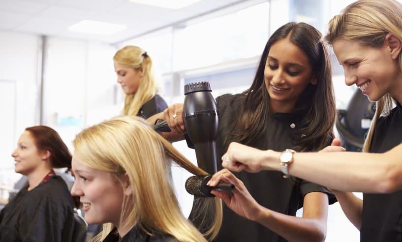 Lehrstelle zum Friseur oder Friseurin in Leipzig und Magdeburg