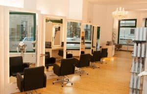POPHAIR-Salon-in-Leipzig-Zentrum-Süd-05-300x191