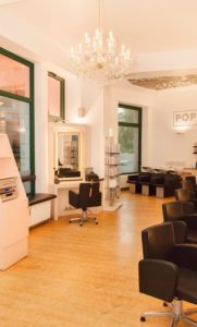 POPHAIR-Salon-in-Leipzig-Zentrum-Süd-20-181x300