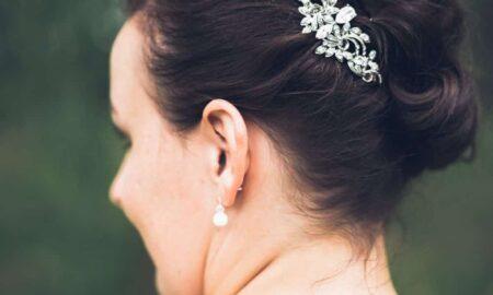 Hochzeitsfrisur-mit-seitlichem-Knoten-07-450x270