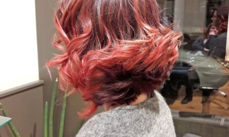 Bordeaux-roter Mid-Bob für Ruby