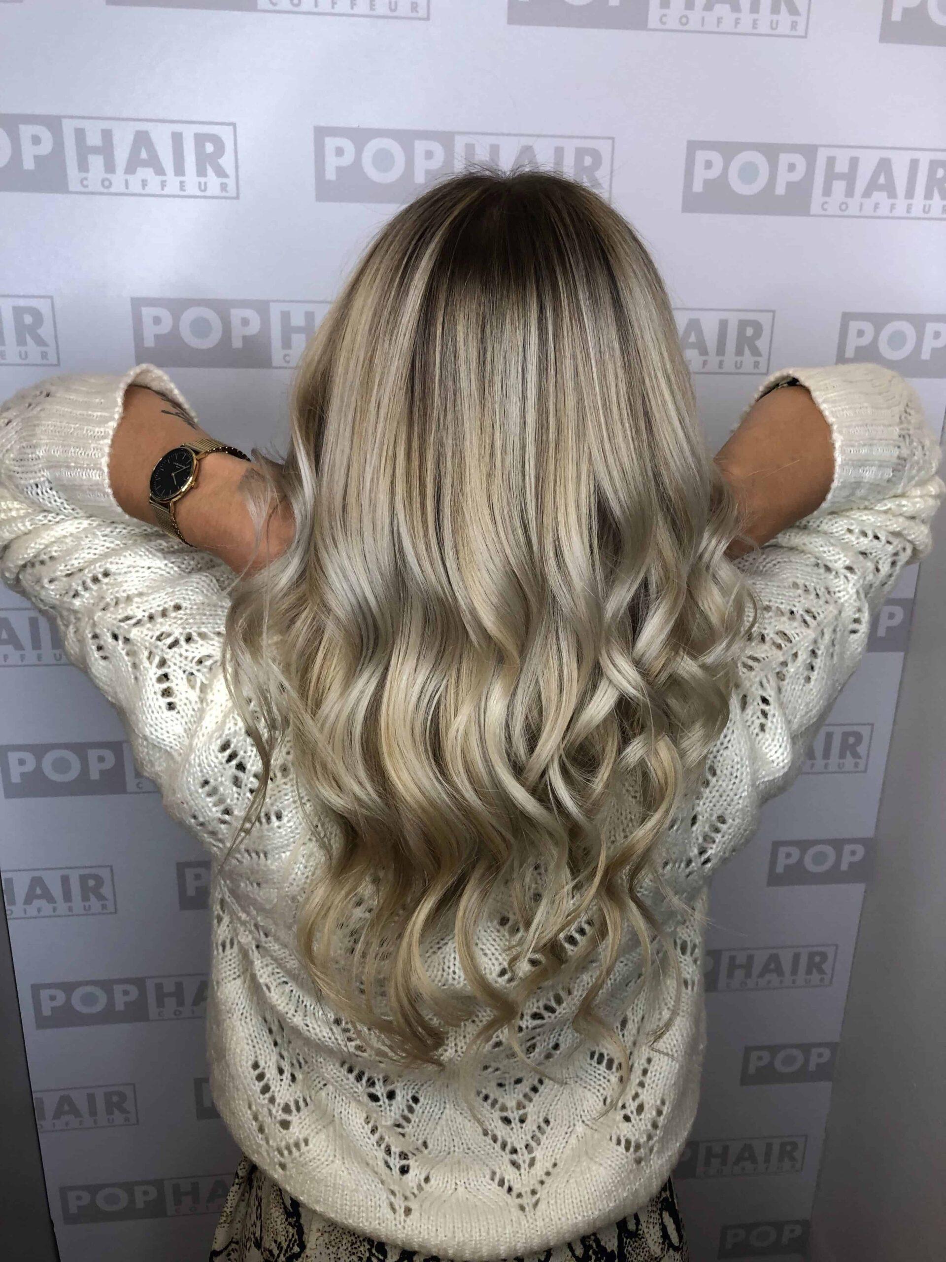 Блогер-ЛаринаBeauty-with-ice-blonde-balayage-scaled