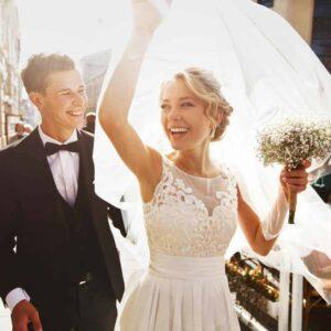 Hochzeits-Styling: Brautfrisur und Make-up 24 Stunden haltbar!