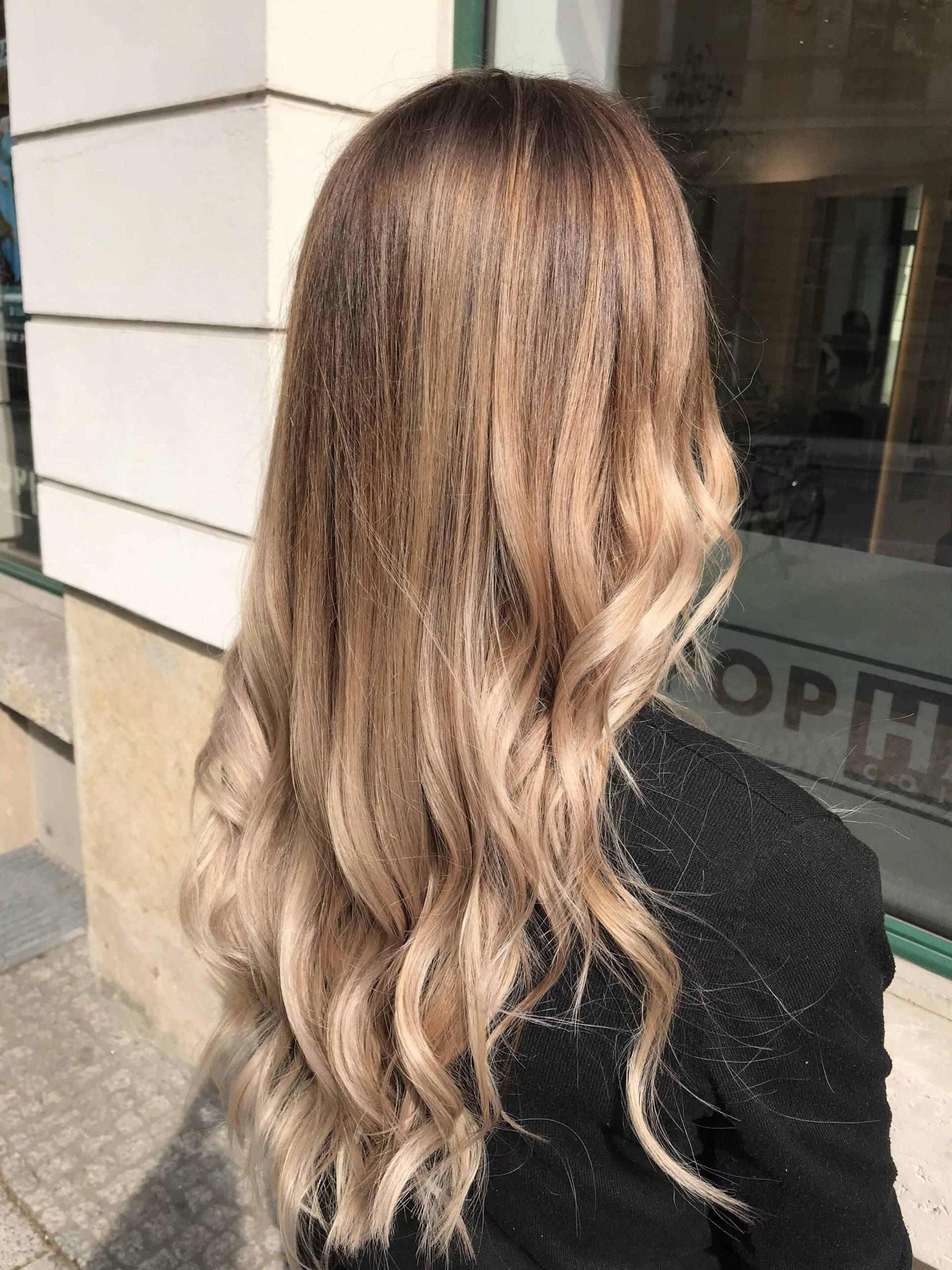 dunkelbraun mit blonden strähnchen