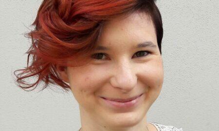 Janin-war-glücklich-mit-ihrer-neuen-Frisur-und-strahlte-über-beide-Ohren-1-e1562837548623-scaled-450x270