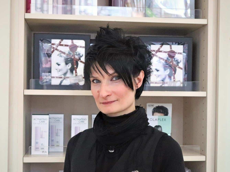 Friseurin Diana Brückner bei POPHAIR
