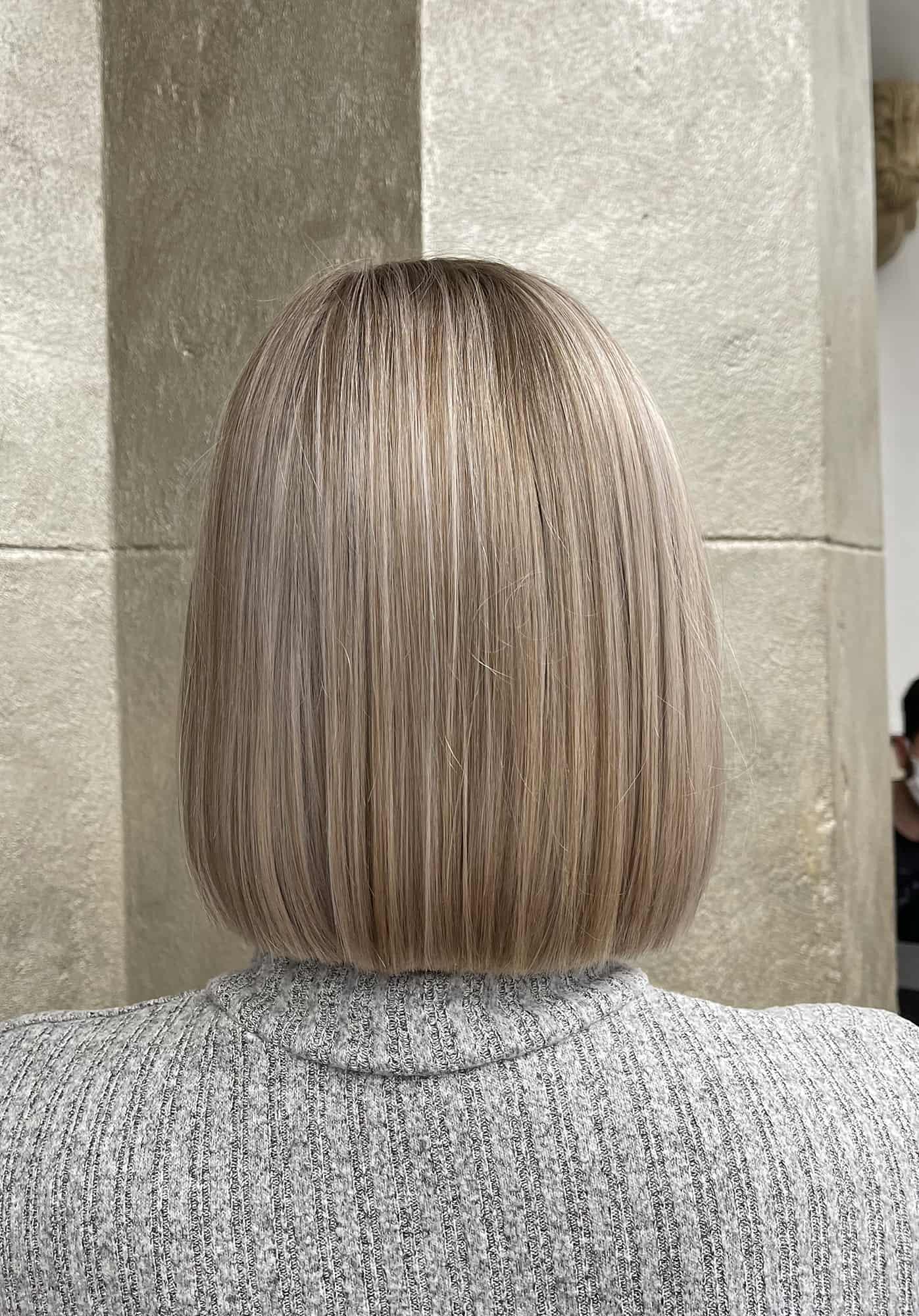 Bobfrisur-mit-blonden-Babylights